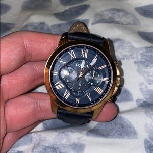 Fossil Rose Gold and Navy Watch (Battery Dead)